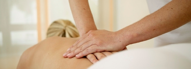 Krankengymnastik - Lymphdrainage - Massage